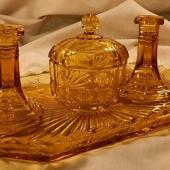 Libochovice 1760 amber - short candlesticks 1.2.JPG